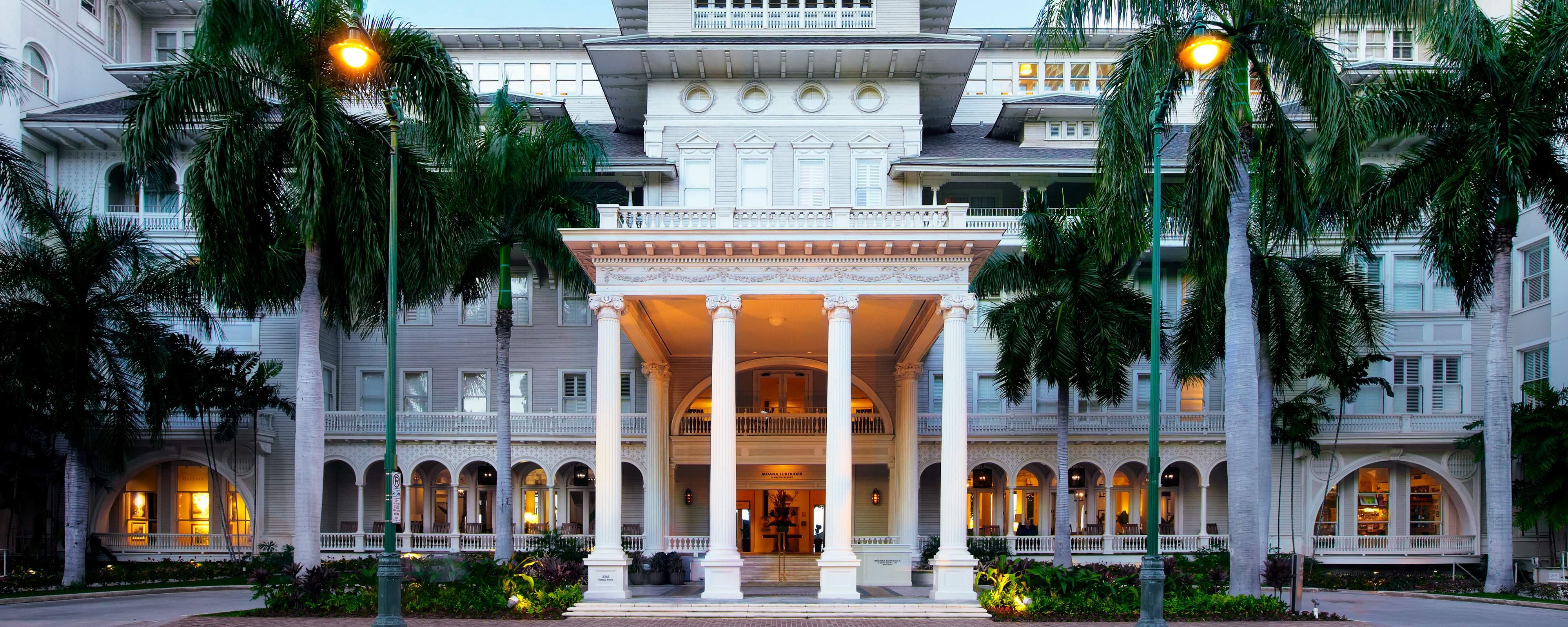 Honolulu HI Hotel | Moana Surfrider, A Westin Resort & Spa, Waikiki Beach