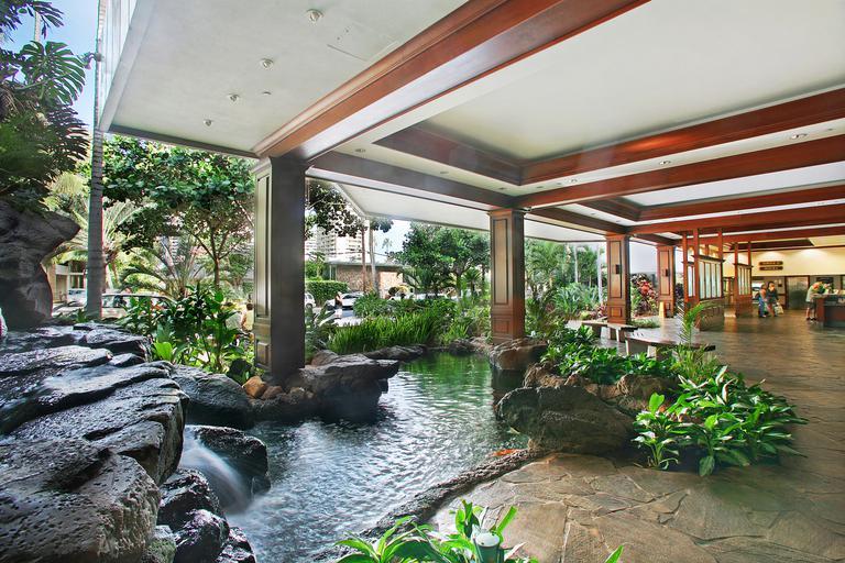 ワイキキのファミリーホテル | アストン・アット・ザ・ワイキキ・バニアン公式サイト              logo-instagram