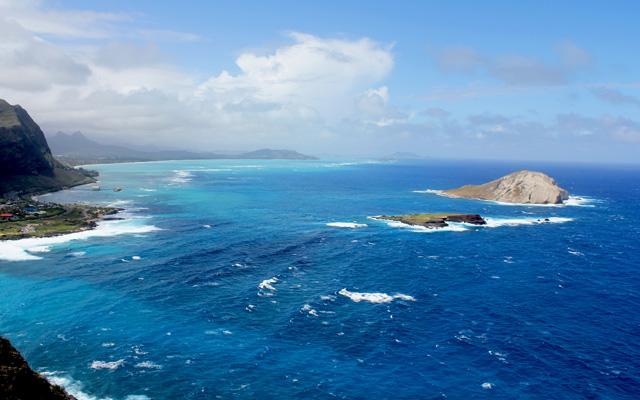 マカプウ岬とペレの椅子ハイキング&ハワイアン・ローカルフード  オアフ島  詳細 | JTBハワイオプショナルツアー